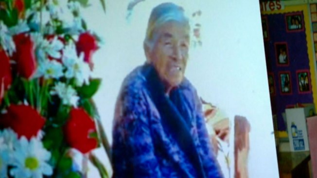 Funeraria entierra a abuela por error