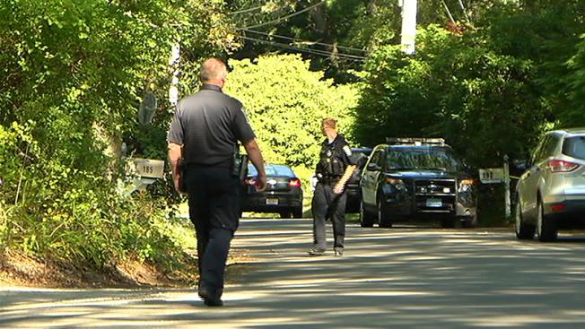 Policía investiga 'muerte sospechosa'
