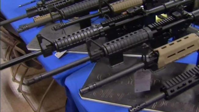 Empieza juicio por venta ilegal de armas