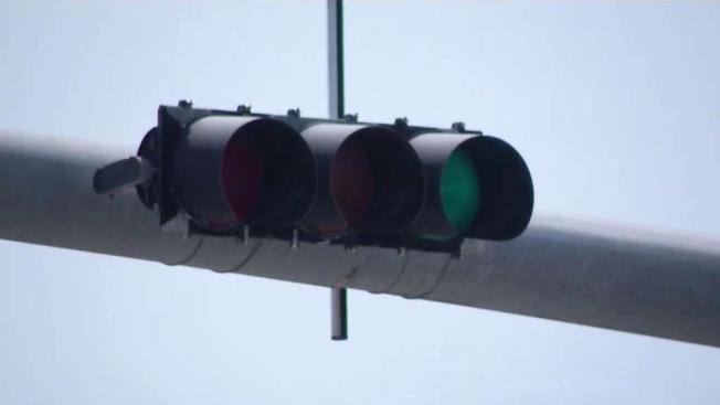Reportan avería en semáforos de zona en Tampa
