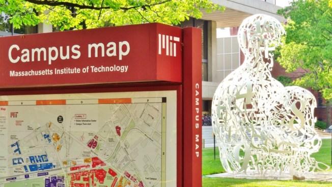 Conoce a los brillantes trillizos admitidos en el MIT