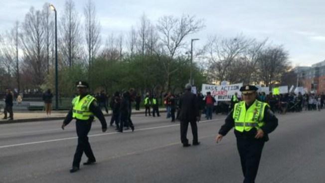 Boston marcha en paz contra brutalidad policial
