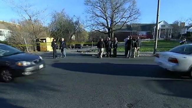 Pesquisas por tiroteo que hirió a joven ciclista