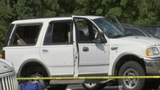 Un muerto y cuatro heridos tras balacera en autopista de NJ