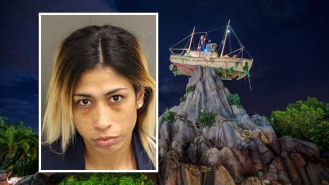 Arrestan a exempleada de Disney acusada de robar a otros empleados