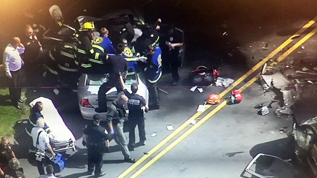 Rescate de impacto tras aparatoso choque en Nueva Jersey