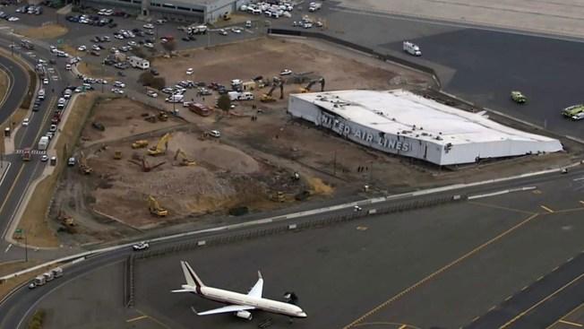 Derrumbe en aeropuerto de Newark deja heridos