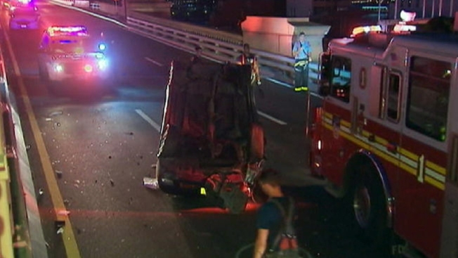 Aparatoso accidente en el Brooklyn Bridge
