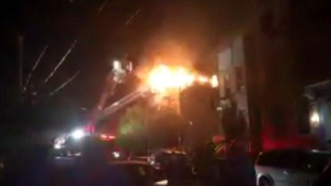 Incendio deja varios de desplazados en el Bronx