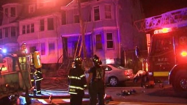 Poderoso incendio en Newark deja seis heridos