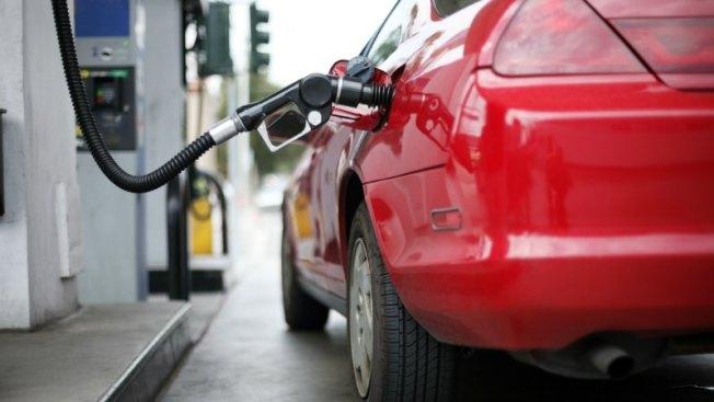 En picada precio de gasolina en Massachusetts