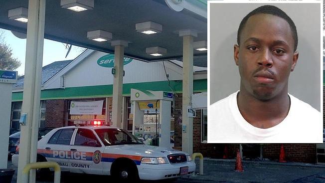 Ola de cargos a presunto asesino en gasolinera