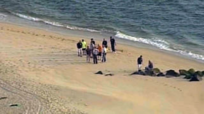 Encuentran muerto a bañista desaparecido en NJ