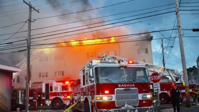 31 personas sin hogar tras incendio voraz