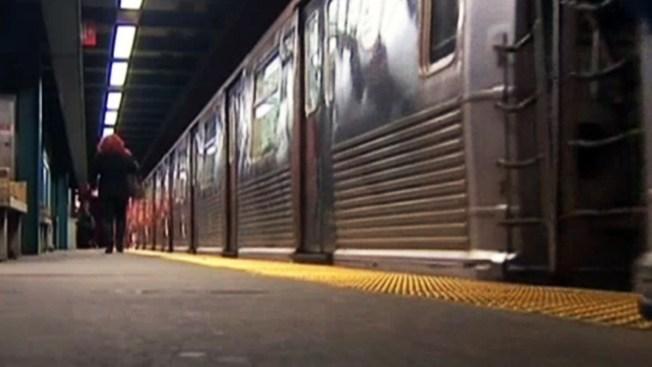 Policía denuncia acoso sexual en el subway