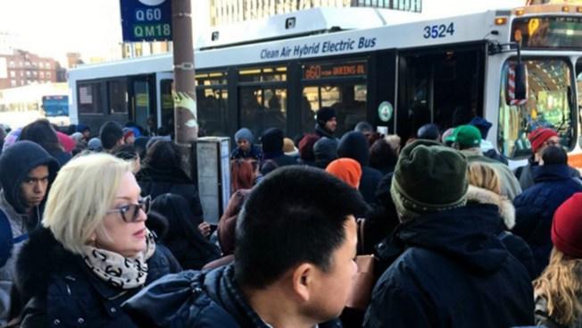 Policía: Intenta robar un celular y termina abatido por un tren