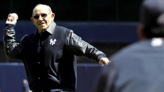 Los Yankees rinden homenaje a Yogi Berra
