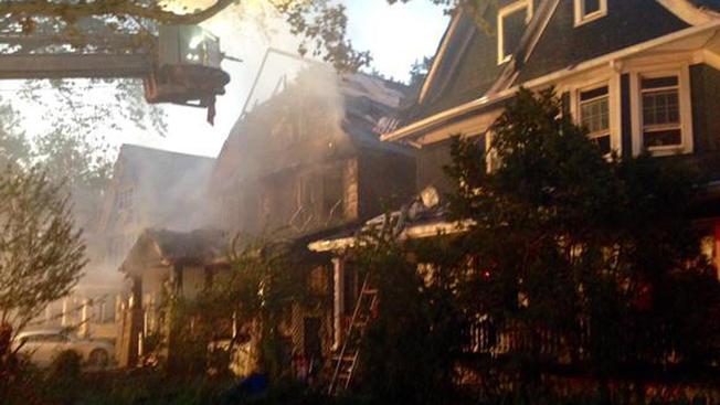 Incendio deja cinco heridos en Brooklyn