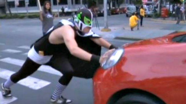 Peatónito, el defensor de la seguridad vial