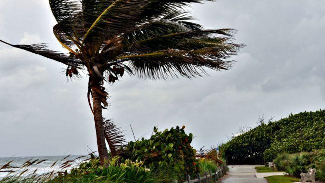 Danny se fortalece y ya es huracán categoría 1