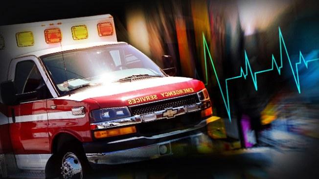 Transeúnte resulta herido tras ser impactado por un taxi