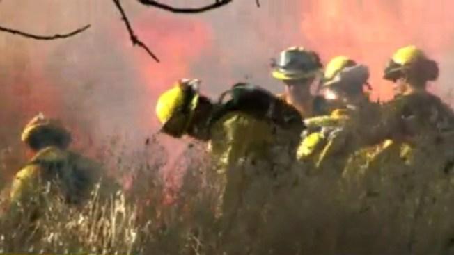 Muere bombero en incendio en California