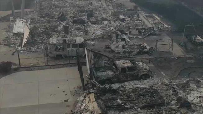Gobernador revela informe sobre incendios forestales en California