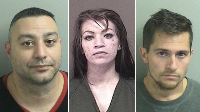 """Policía: Esconde droga en """"pamper"""" y la consume con bebé a bordo"""