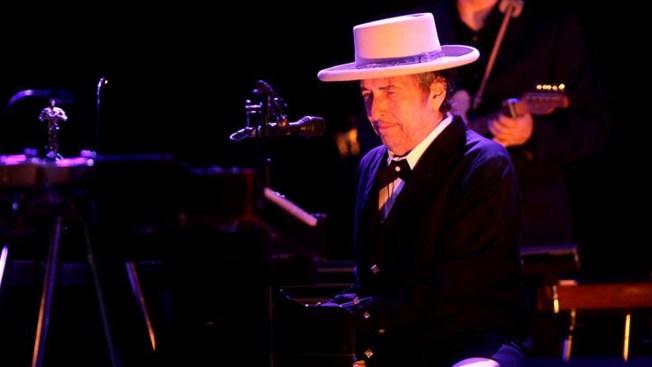 Finalmente, Bob Dylan tiene el Nobel de Literatura en sus manos
