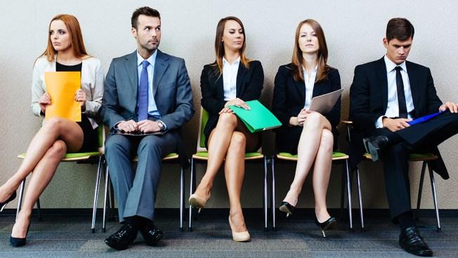 e21254f4cce CNBC: cómo vestir para una entrevista de trabajo - Telemundo 49