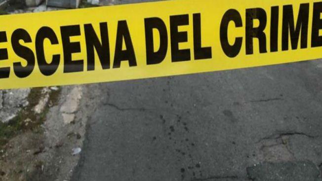 Policía: hallan una pareja muerta y apuñalada en Englewood