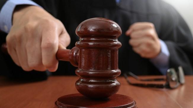 Comienza juicio en NY contra gurú acusado de trata sexual