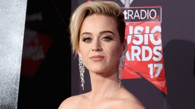 "Katy Perry: ""rogaba no sentirme gay"""