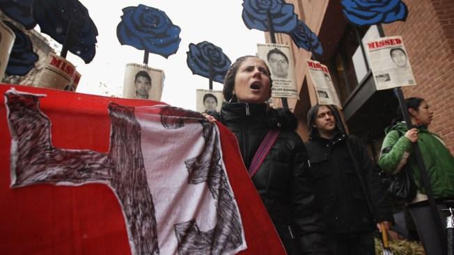 México: Desacreditan versión oficial sobre los 43