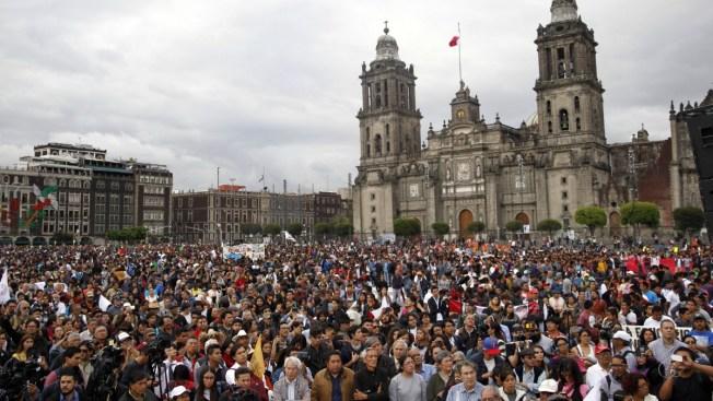 Marchan en conmemoración de masacre estudiantil