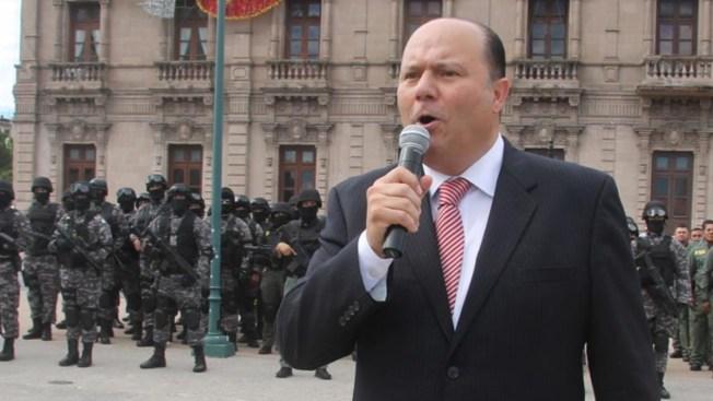 Ubican en Nuevo México a prófugo exgobernador