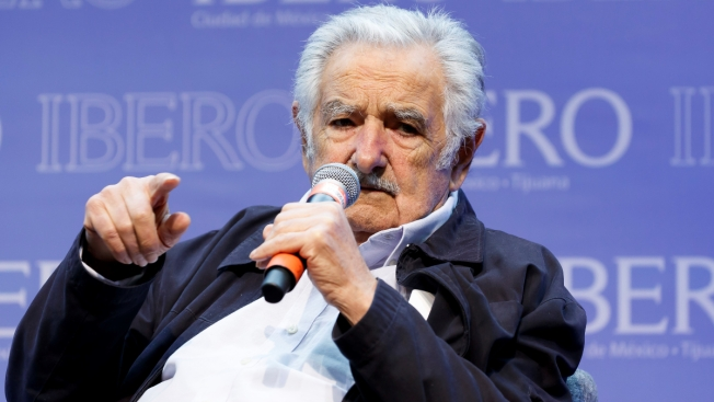 José Mujica se reúne con Evo Morales al visitar México