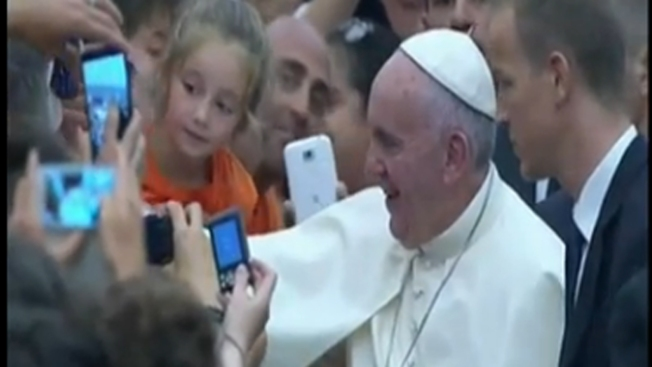 Hispanos ya palpitan la llegada del Papa a EEUU