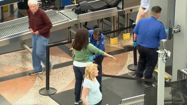 Empleado de TSA: no podemos tomar días por enfermedad por cierre de gobierno