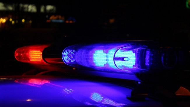 Oficiales atienden llamada relacionada a intento de suicidio