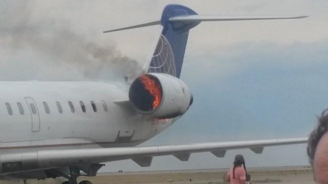 Estados Unidos: avión de United Airlines aterrizó con motor en llamas