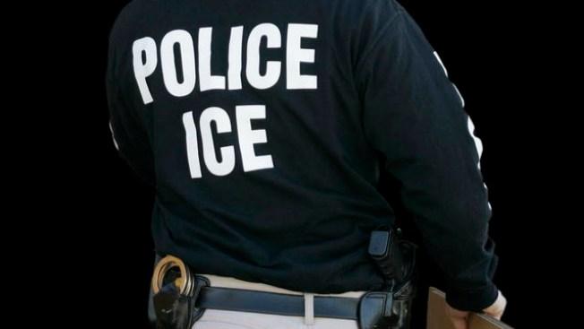Hondureño muere bajo custodia de ICE