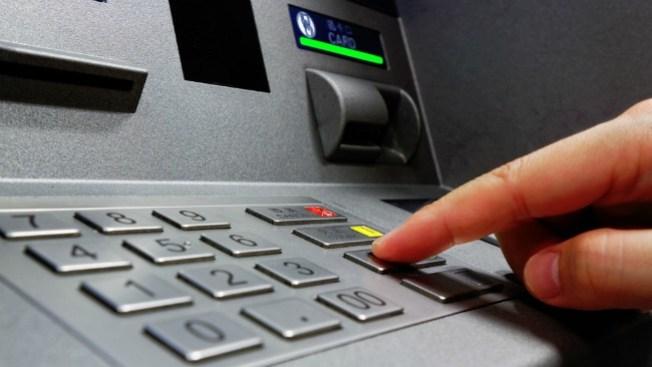 ¿Robo al ATM o sólo sobregiros?