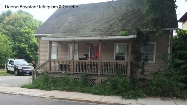 Cadáveres de 3 niños en casa clausurada