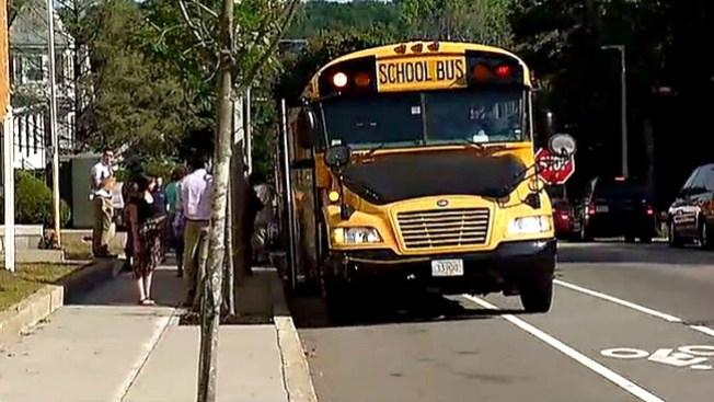 Sin retraso servicio de bus escolar