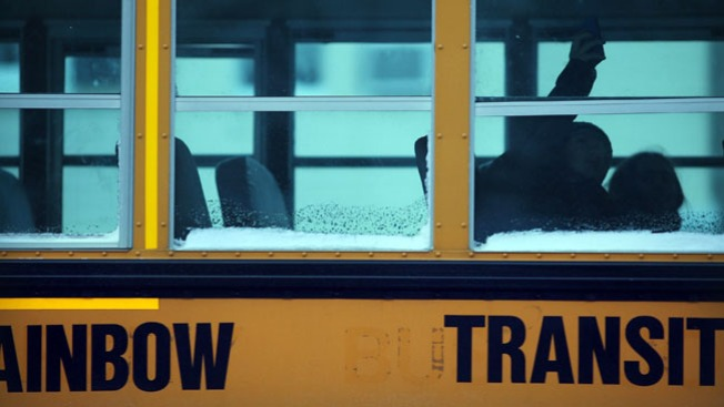 Buses escolares sin retraso este martes