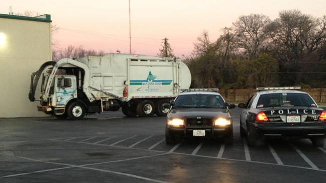 Trágico fin en camión de basura
