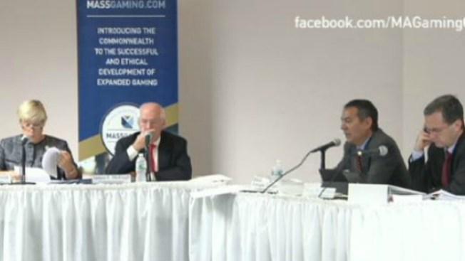 Comisión retoma debate sobre casinos