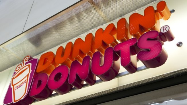 Le cayó un rayo en Dunkin' Donuts