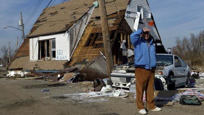 Ayuda para Sandy aún en el limbo